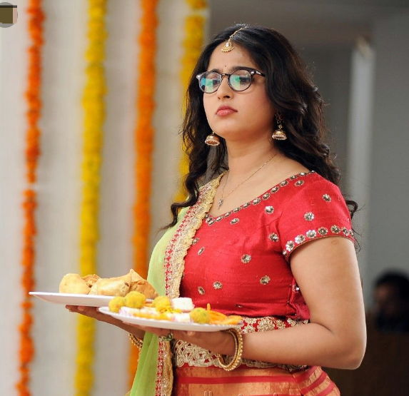 anushka-shetty-weight-gain-for-size-zero