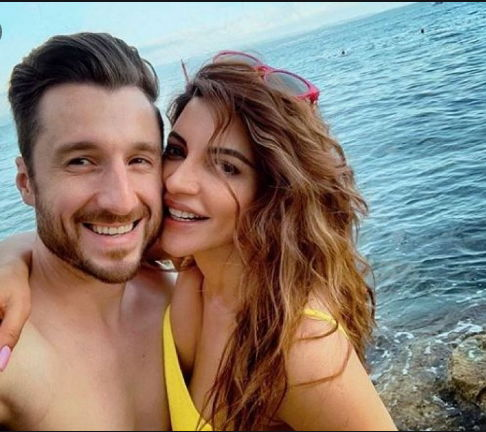 shama-sikander-with-her-husband