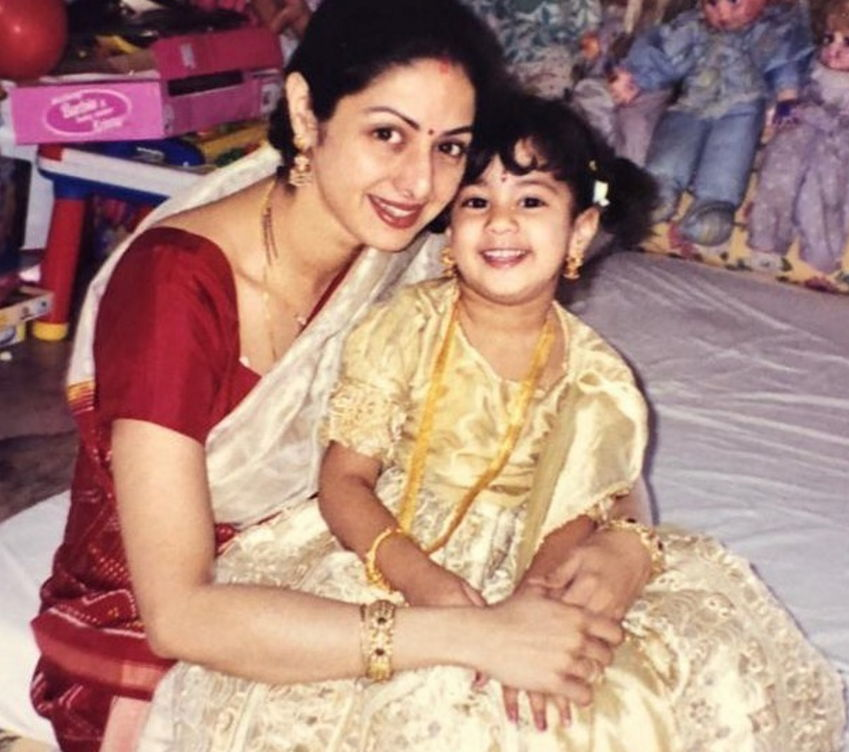 Jhanvi-Kapoor-childhood-photo
