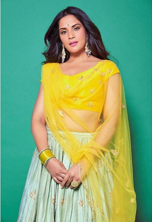 richa-chadda-beautiful