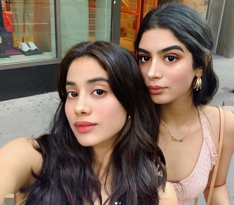 khushi-kapoor-with-jahnvi-kapoor