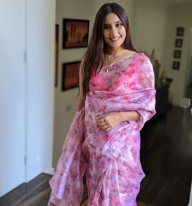 Nikhita-Chopra/Nikita-Khul-Ja-Sim-Sim-Actress