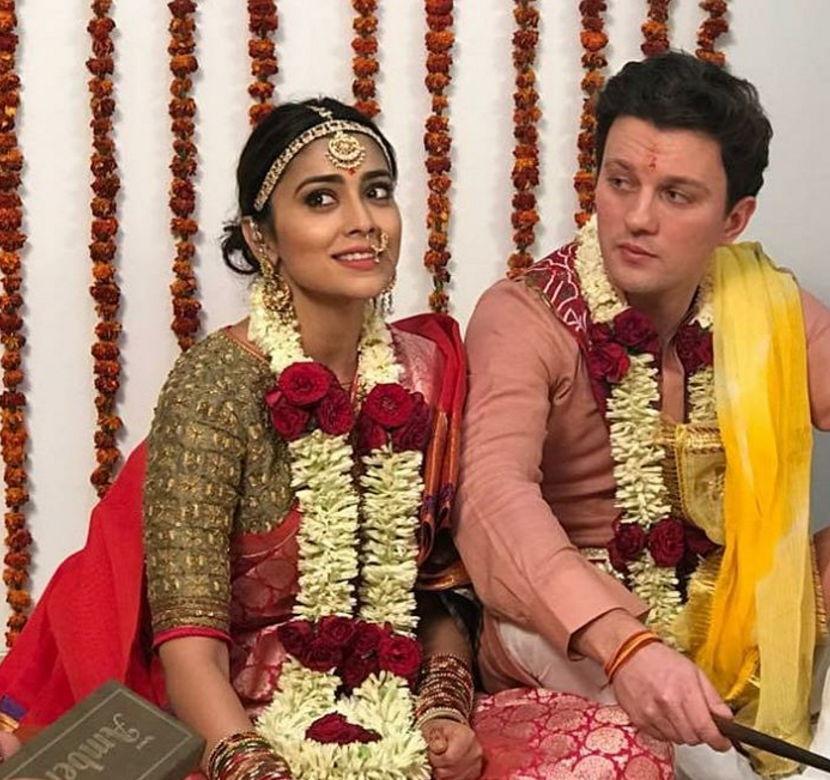 Shriya-saran-with-husband