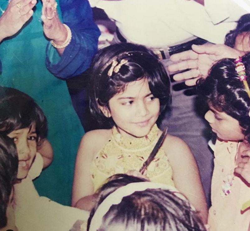 megha-akash-childhood-pic