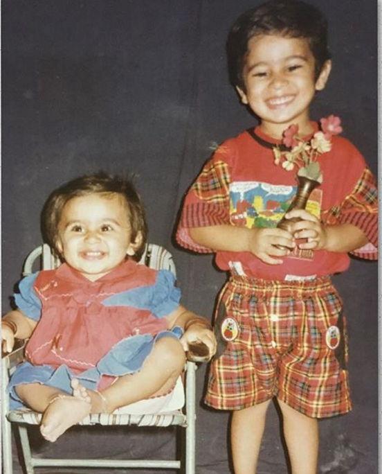 diksha-juneja-childhood-photo-pic