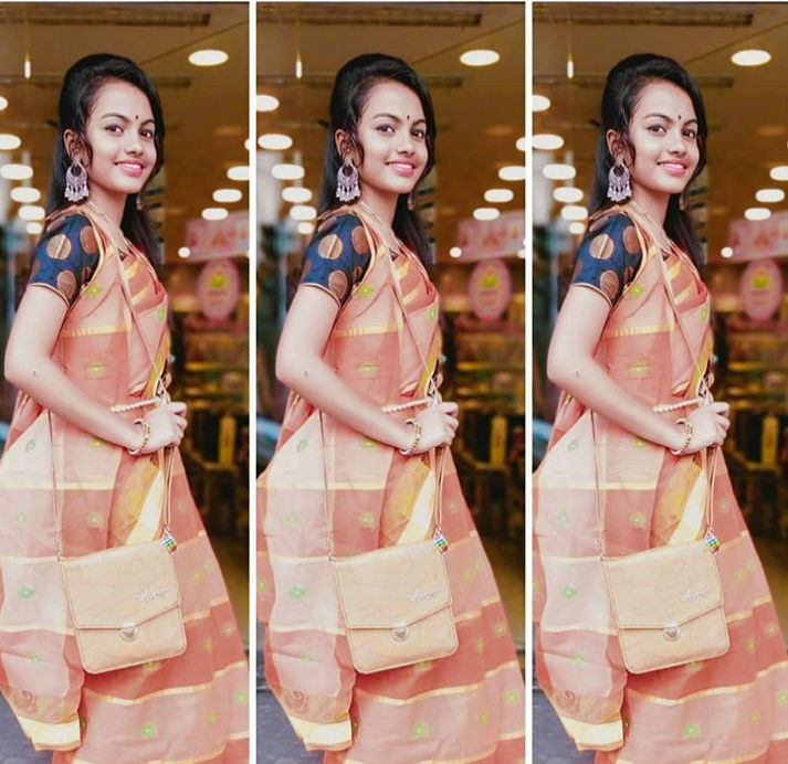 beauty/beuty-khan-in-saree