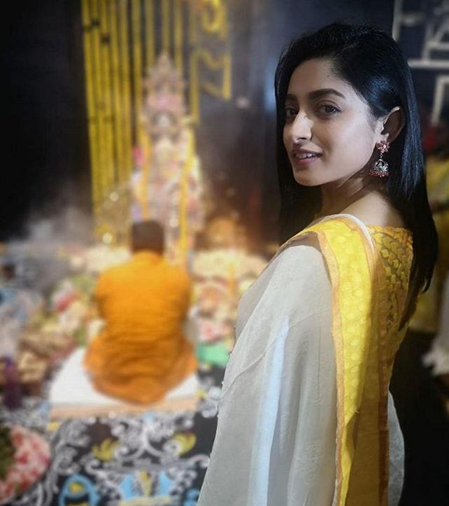 Ishaa-saha-in-saree