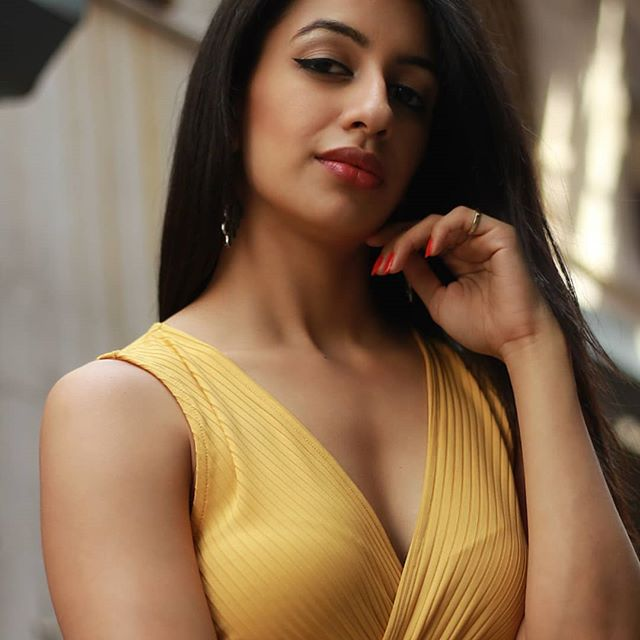 Udita-Bhalla-Hot-photos