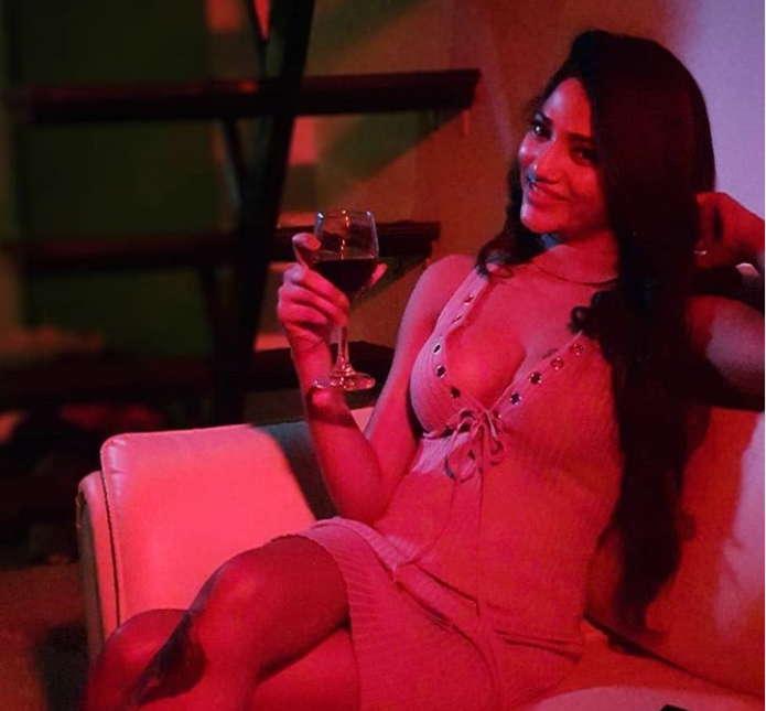 Ruks-Khandagale-web-series-actress