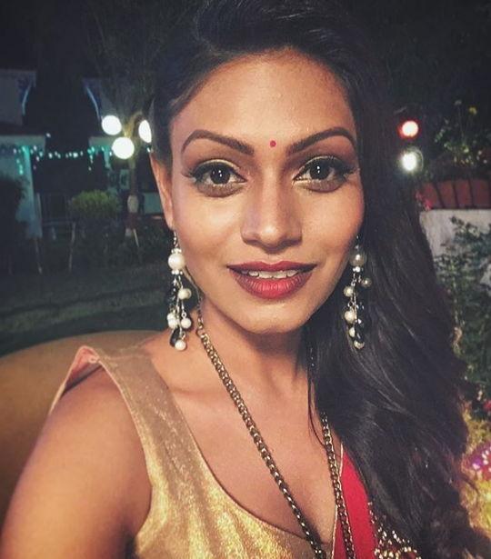 Nidhi-Mahawan