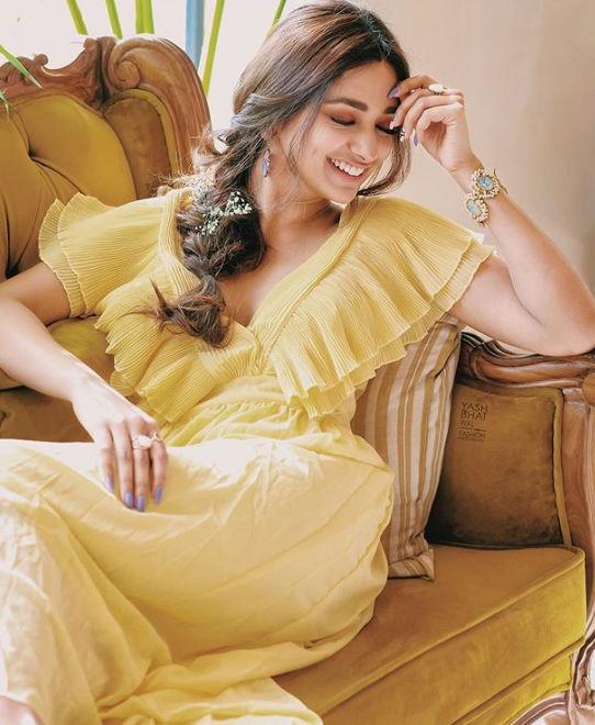 Virgin-bhasskar-season-2-actress-jiya-shankar