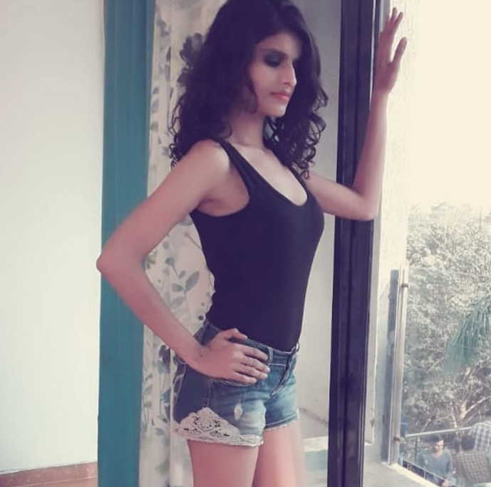 virinda-desai-hotshots-actress